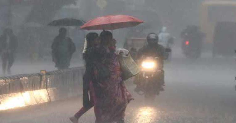 சென்னை: விடிய விடிய கொட்டித் தீர்த்த கனமழை